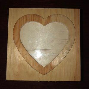Heart topped jewelry box